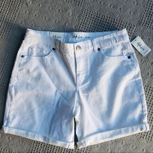 Style & Co. White Mid Rise 5 Pocket Jean Shorts
